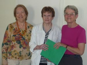 L to R: Fiorenza Albert-Howard, Chair of the CFUW Charitable Trust,... , and Susan Murphy Immediate Past President of CFUW.